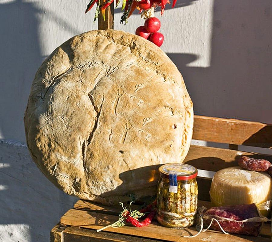 prodotto tipico pugliese pane di Monte Sant'Angelo